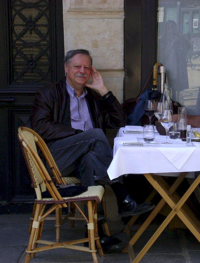 С семьёй в Париже